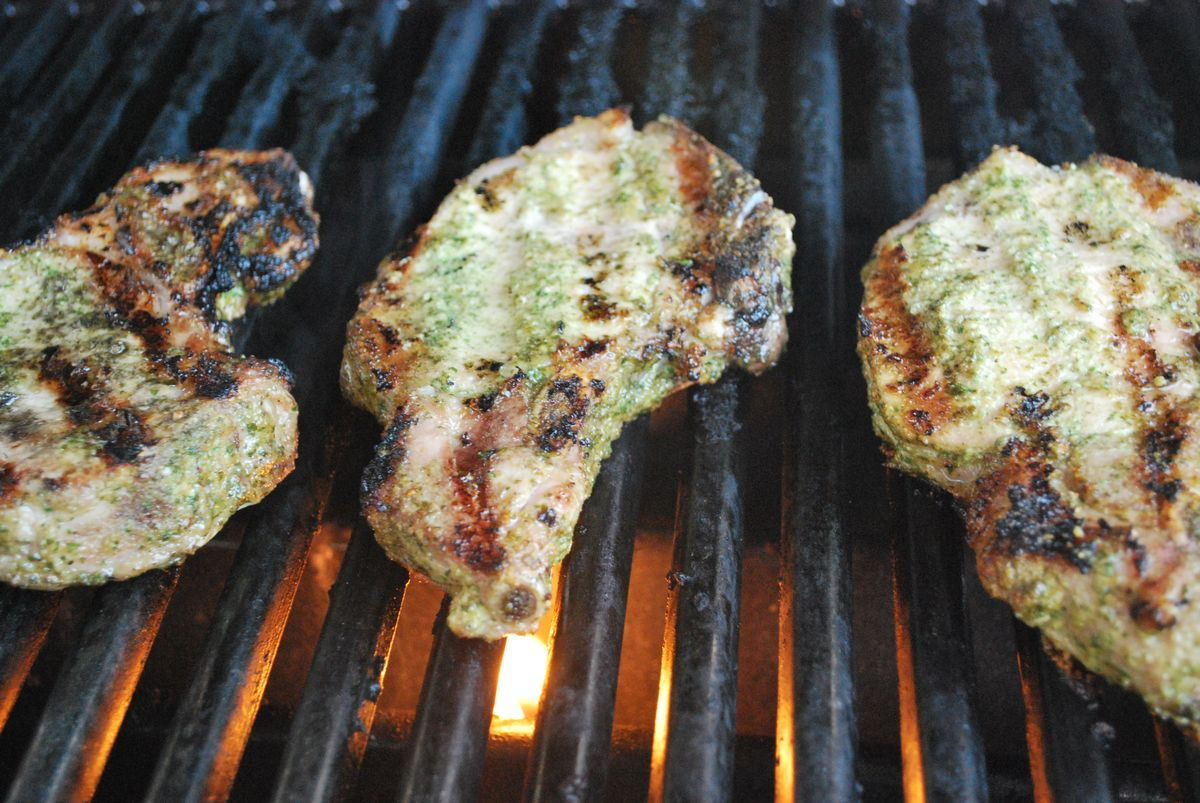 Pesto Pork Chops with Grilled Summer Vegetables ...