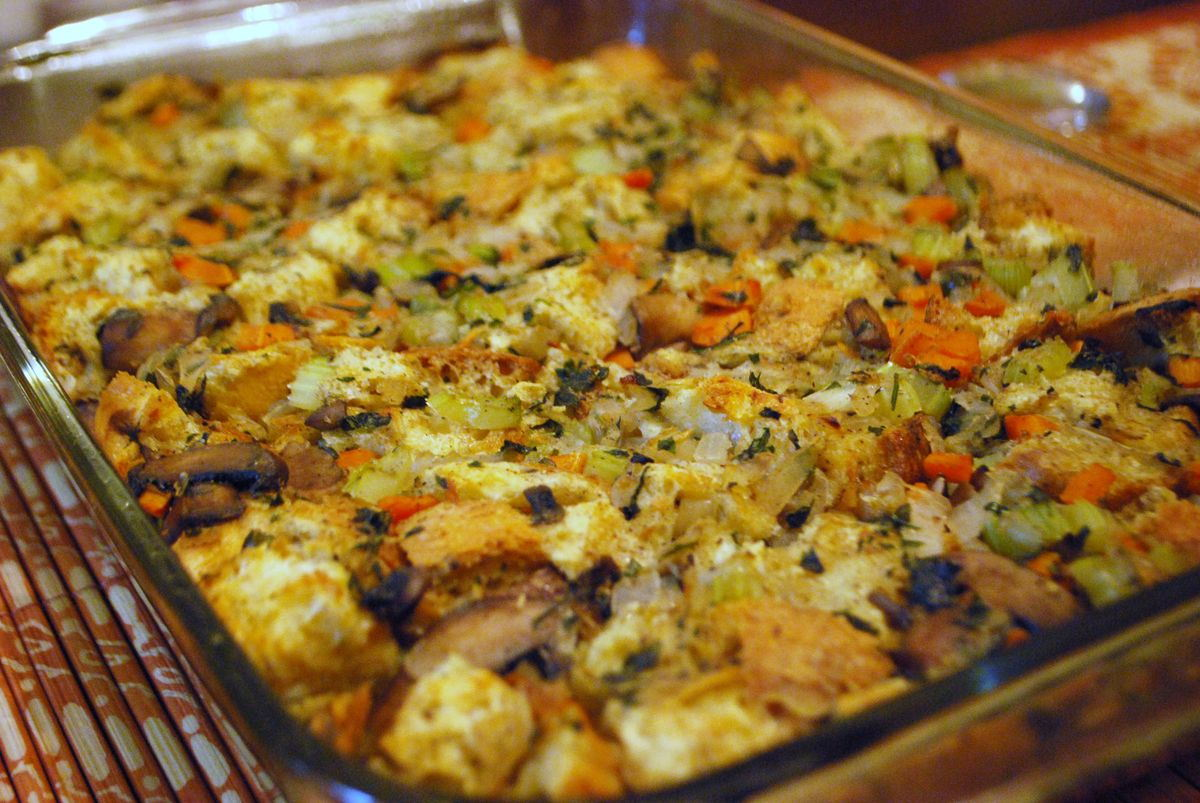Classic Herb Bread Stuffing | In the kitchen with Kath