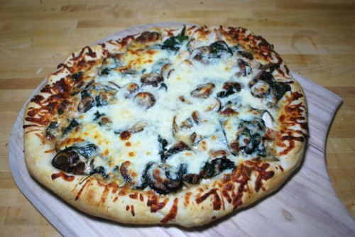 Chicken Spinach and Mushroom Pizza