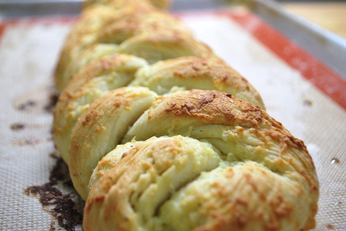 Braided Garlic Bread - SavoryReviews by Rex BBQSavoryReviews by Rex ...