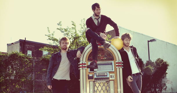 Interview with Jukebox the Ghost and Giveaway to Flo Fest