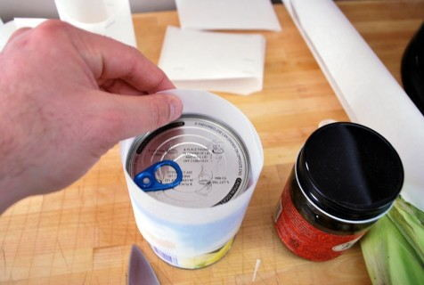 Form the rings around a can or jar