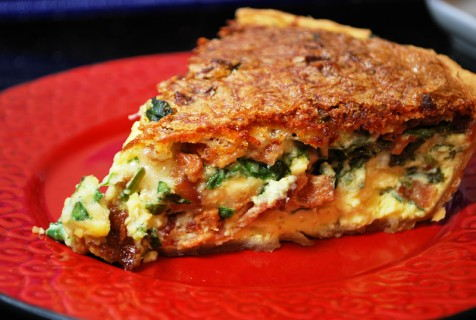 Spinach, Bacon and Swiss Quiche - SavoryReviews